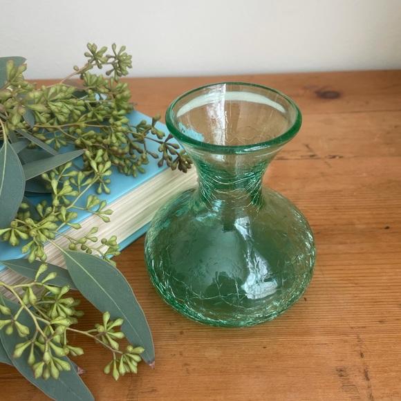 🌿Vintage Green Crackle Glass Vase. 🌿